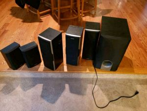 Onkyo surround sound system with sub woofer for Sale in Franconia, VA