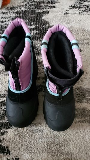 Girls size 11 snow boots for Sale in Spokane Valley, WA