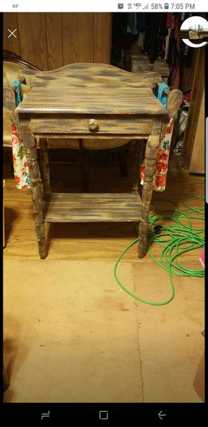 Wash Stand without mirror for Sale in Easley, SC