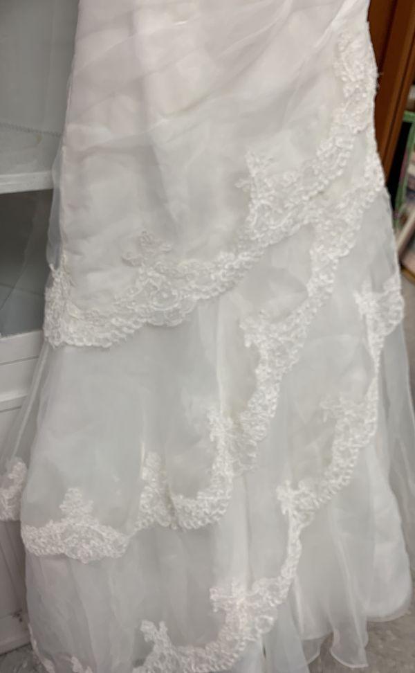 Jasmine collection wedding dress SIZE 10