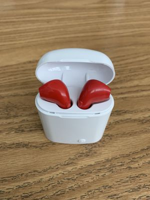 Wireless Bluetooth earbuds for all iPhones and all android phones for Sale in Virginia Beach, VA