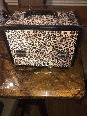 Makeup box for Sale in Pembroke Pines, FL