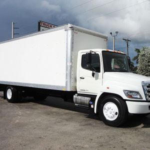 I need to buy a 26 ft Hino box truck. for Sale in Pinellas Park, FL