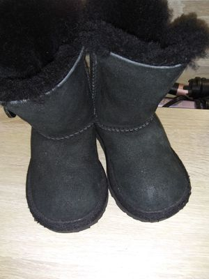Ugg boots for Sale in Long Beach, CA