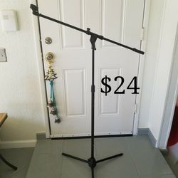 Microphone Stand for Sale in Las Vegas,  NV