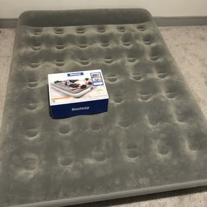 Queen Air Mattress for Sale in Frisco, TX