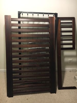 Baby crib with toddler rail for Sale in Gaithersburg, MD