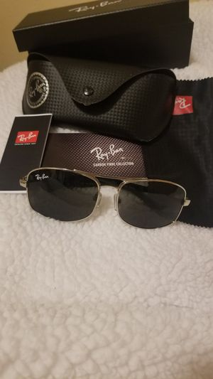 Ray ban sunglasses for Sale in Gresham, OR