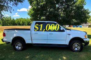 💲1,OOO I'm seling URGENTLY 2OO2 Ford F-15O Super Crew Cab 4-Door Runs and drives very smooth ✅ for Sale in Wichita, KS
