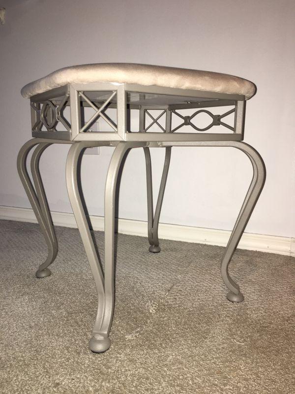 Cute stool