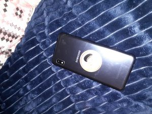 Samsung a10e StraightTalk UNLOCKED for Sale in Ashland City, TN