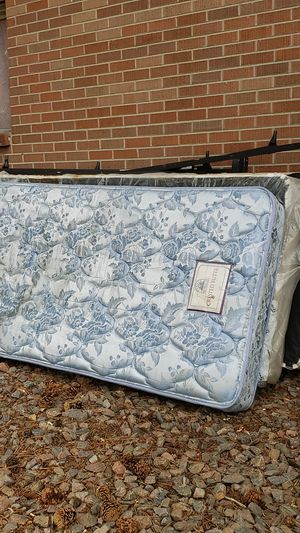 Free beds for Sale in Denver, CO