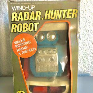 VINTAGE Wind up Radar Hunter Robot! for Sale in Anaheim, CA