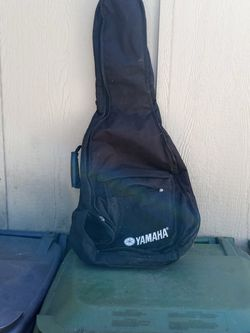 (Yamaha )Duffle Bag For Guitar for Sale in Rancho Dominguez,  CA