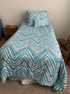 Complete Twin Bed (Box Spring/Mattress/Metal Frame/Bedspreads) for Sale in Manassas, VA