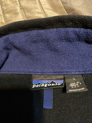 Women jacket Patagonia size L(two jackets) for Sale in Dallas, TX