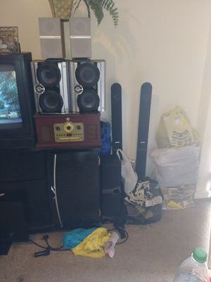 Speakers and. Old. Stereo for Sale in Harrisonburg, VA