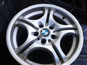 "M3 17"" bmw rim wheel for Sale in Des Plaines, IL"