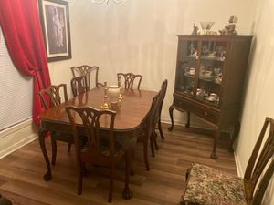 Antique 100% wood Dining room set for Sale in Laurel Springs, NJ