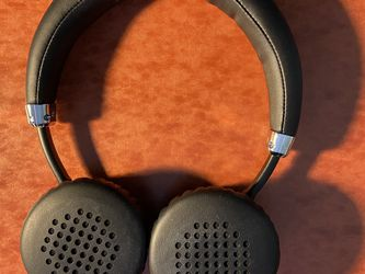 Bluetooth Headphones for Sale in Livingston,  NJ
