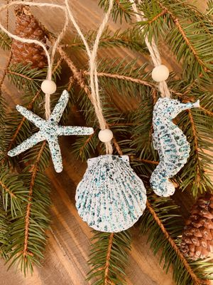 3 CHIC BEACH STYLE CHRISTMAS ORNAMENTS BLUE for Sale in Winchester, VA