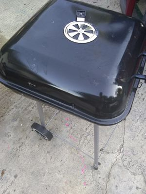 Portable grill for Sale in Tampa, FL