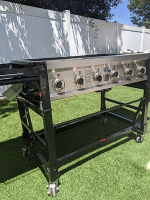 BBQ Master Forge 6 Burner Propane Grill 75000 BTU for Sale in Rowland Heights, CA
