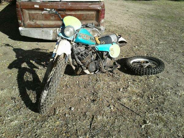 Old motorcycle dirt bike or moped!! i buy them