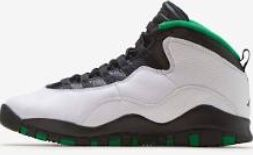 Jordan's size 6 1/2 for Sale in Cincinnati, OH