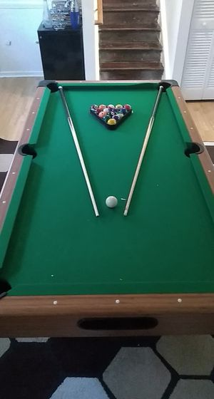 Pool table and accessories for Sale in Wake Forest, NC