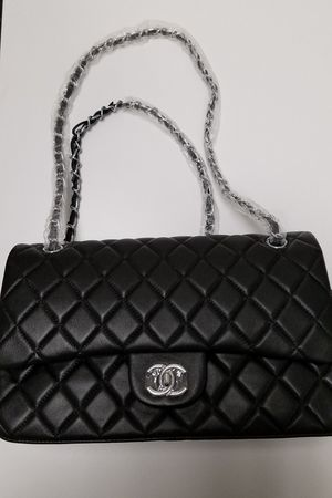 Authentic Chanel Quilted Purse & Wallet for Sale in Queens, NY
