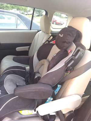 Safety First two in one child car seat for Sale in Aurora, IL