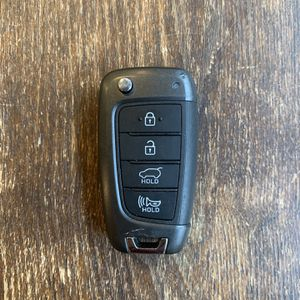 2016 2017 2018 Hyundai Elantra Remote Smart Key Fob OEM for Sale in Dallas, TX