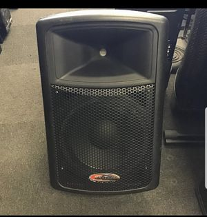 behringer aps12 Powered speaker (1) for Sale in Fort Myers, FL