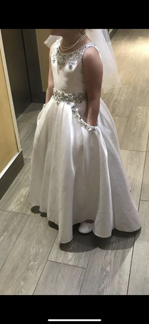 Flower girl dress for Sale in Sterling Heights, MI
