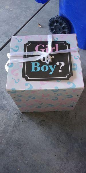 Caja para saber el género del bebé for Sale in Adelanto, CA