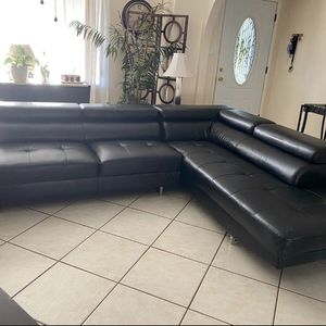 Leather Sectional Sofa FREE DELIVERY for Sale in Phoenix, AZ