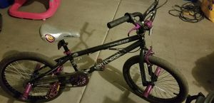 Thruster Freestyle Girl Bike for Sale in Laveen Village, AZ
