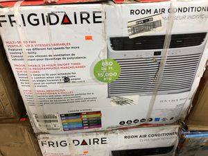 Frigidaire 15000 BTU window AC for Sale in Riviera Beach, FL