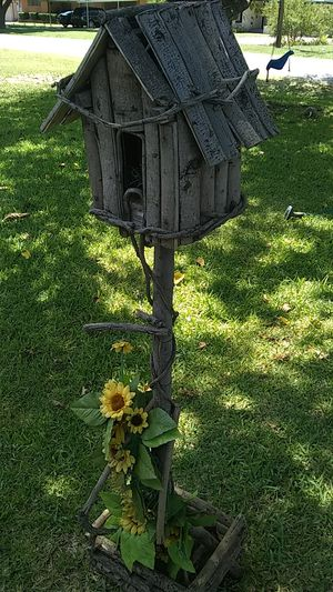 Bird House Outdoor Decoration for Sale in Lancaster, TX
