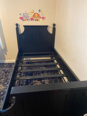 Twin size bed frame for Sale in Vallejo, CA