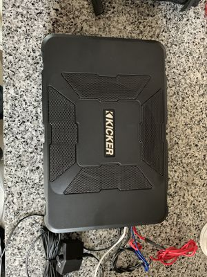 Kicker Powered Subwoofer for Sale in Dallas, TX