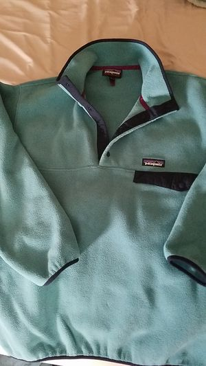 Mens medium Patagonia synchilla fleece for Sale in Medway, MA