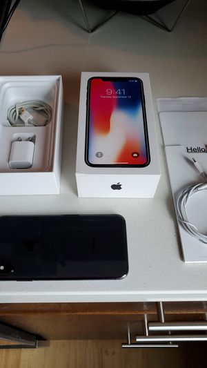 FLAWLESS iPhone X 64GB - Unlocked for any Carrier for Sale in Bellevue, WA