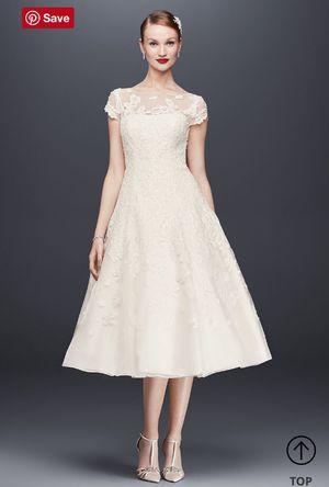 Oleg Cassini Wedding Dress for Sale in Nashville, TN
