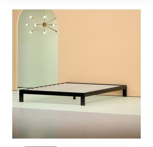 Zinus Queen bed frame for Sale in Parma Heights, OH