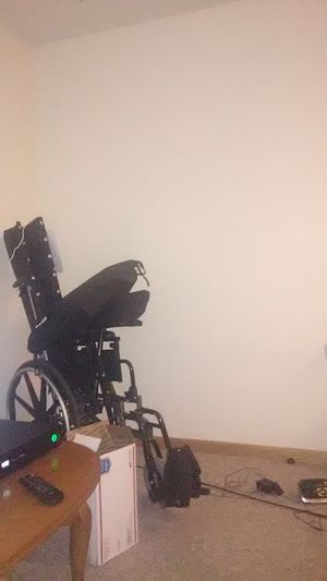 Brand new wheelchair for Sale in Mason City, IA