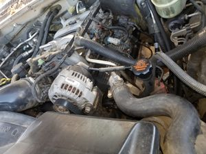 01 8.1 silverado engine tranny good parting out whole truck and I have them pinks for Sale in San Leandro, CA