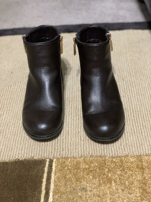 MK boots for Sale in Lodi, NJ