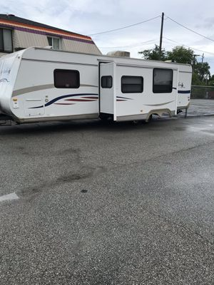 08 Jay flight camper to slide out 31 feet long for Sale in Gary, IN